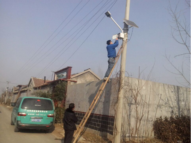 农村太阳能墙壁路灯
